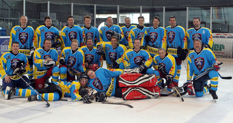 seniors-hockey: Teamfoto